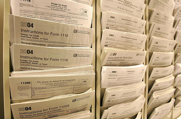 Louisiana Lawmakers Question Slow Pace Of State Tax Refunds